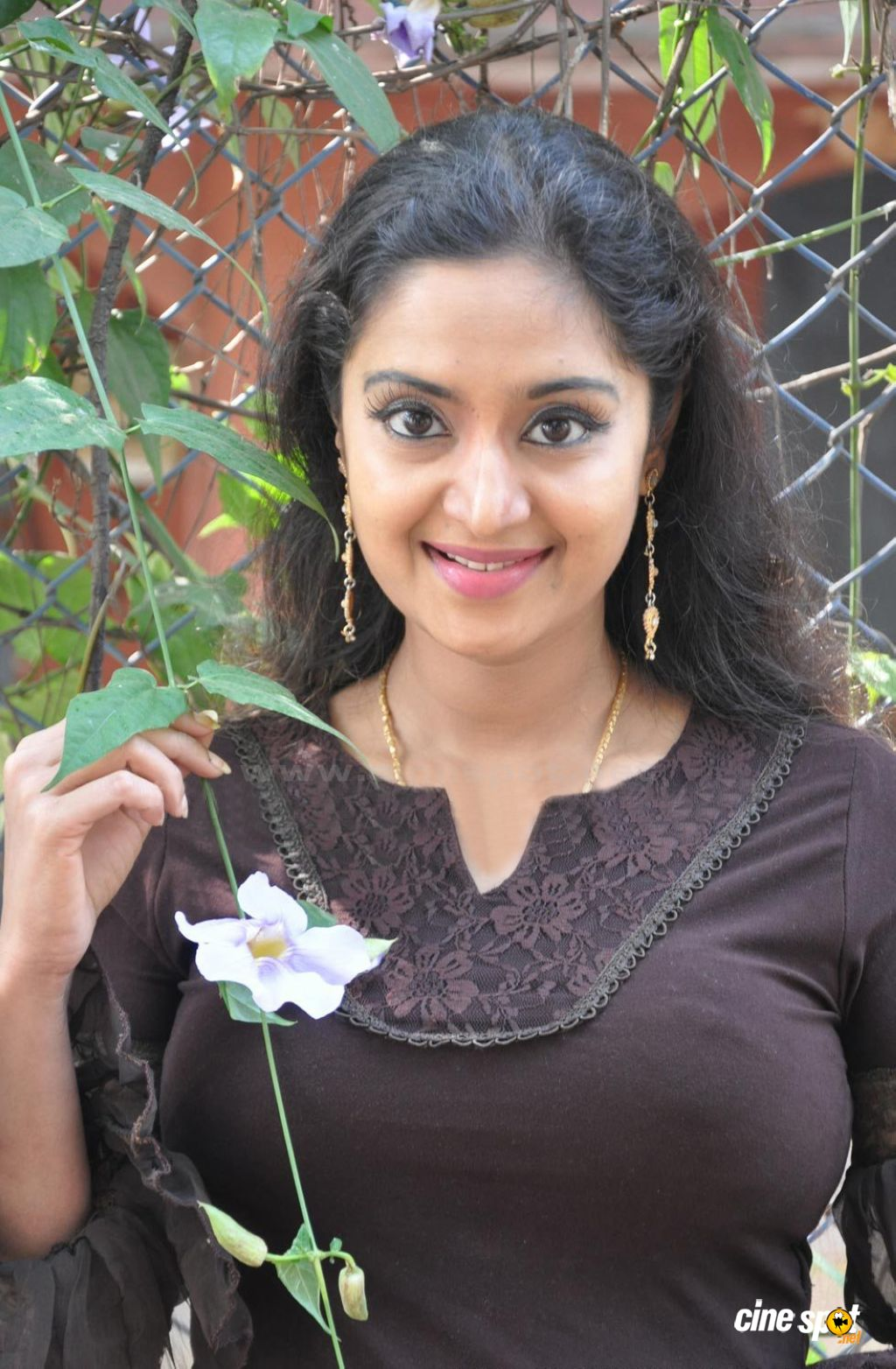 Malayalam Hot Actress Charmila Photo: Hot Actress Wallpapers