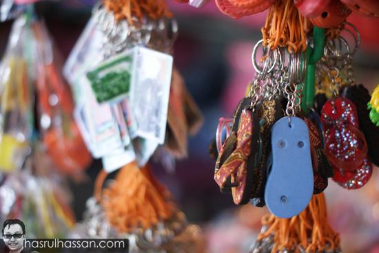 Tips Buat Duit Blogger Pergi Melancong