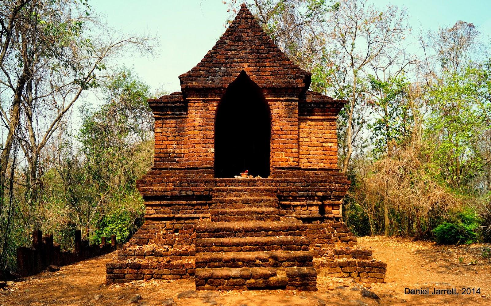 Wat Khao Phnom Phloeng