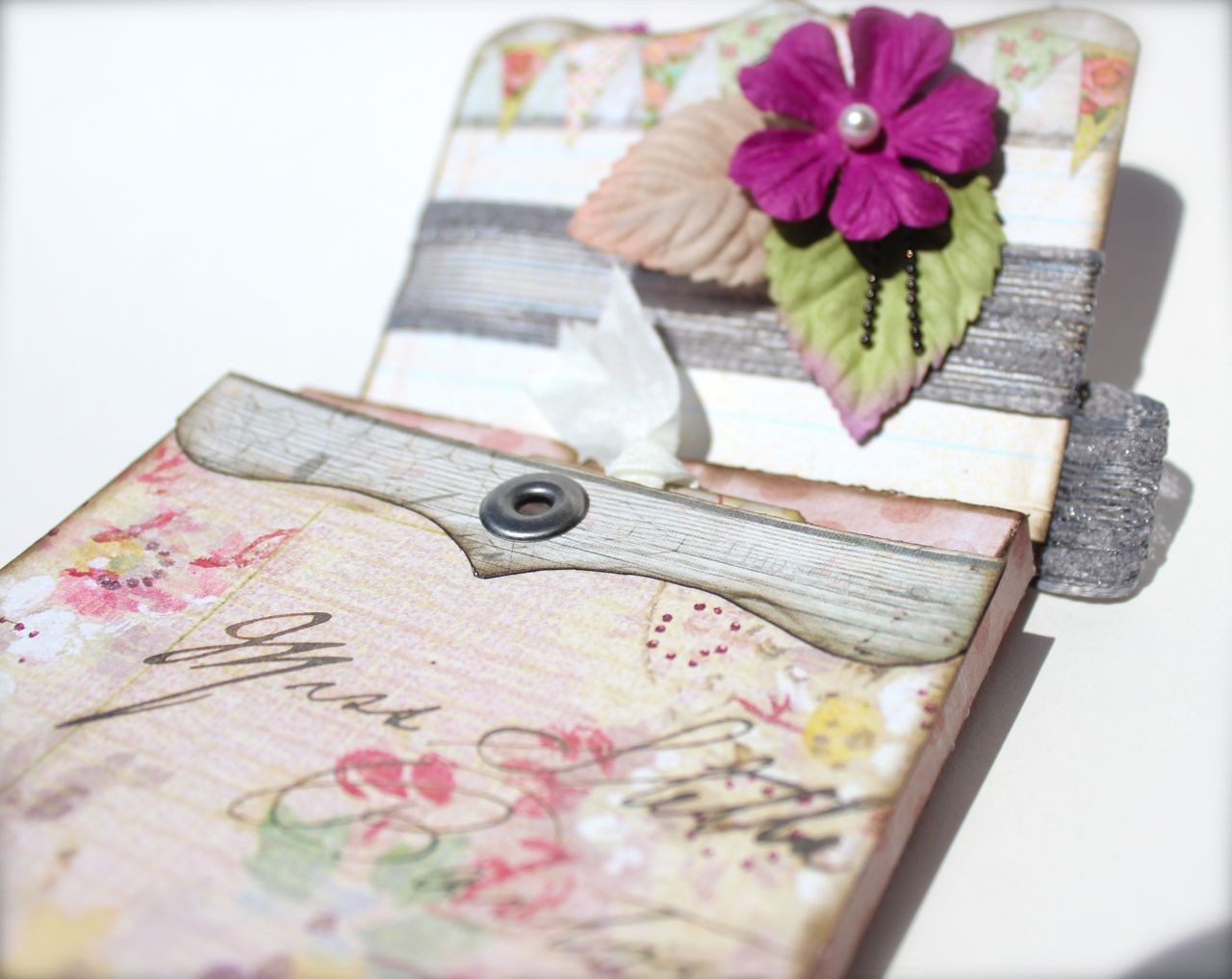 with a grin scrapbooking pin spin mini album in a box pinterest inspiration. Black Bedroom Furniture Sets. Home Design Ideas