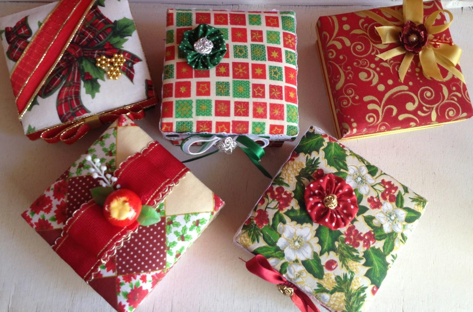 Atelie e arte: Caixas de madeira para presente Motivos natalinos #A4272F 1600x1057