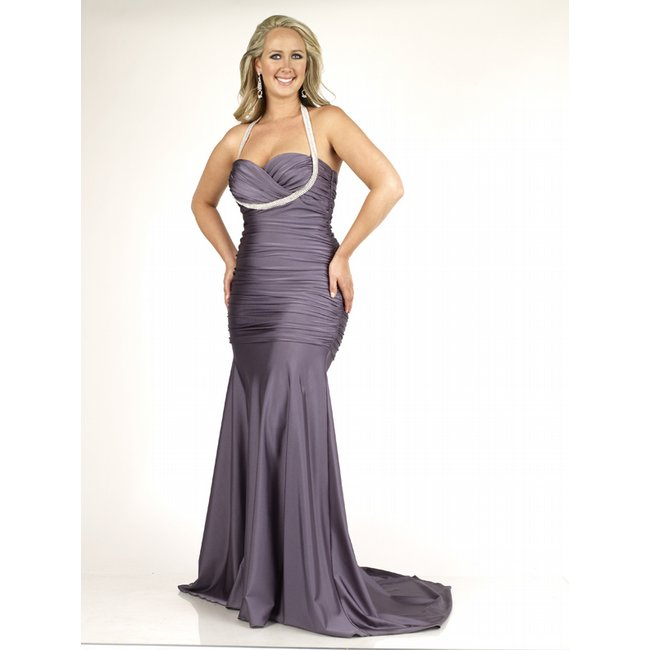 Prom Dresses for those Curves - A Thick Girl\'s Closet