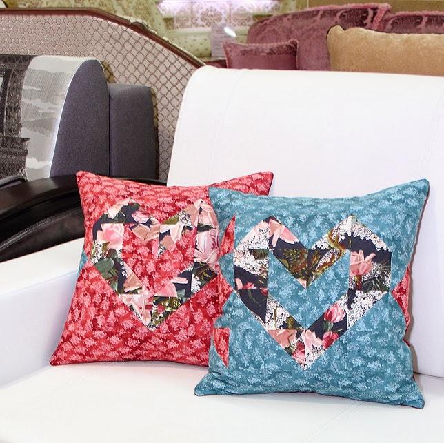лоскутная подушка для влюбленных
