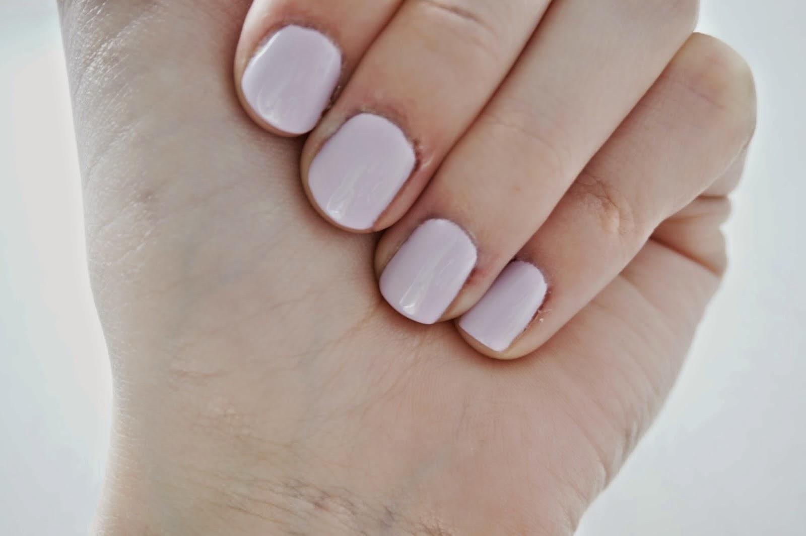 http://femalepleasurelola.blogspot.com/2014/04/liliowy-manicure-z-seche-recenzja.html