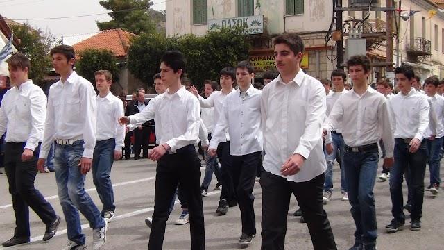 Εθνική Ανεξαρτησία και παρέλαση για τους ήρωες του181 τα μηνύματα-ΦΩΤΟ ΚΑΙ ΒΙΝΤΕΟ