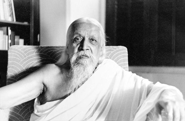 Book Review A New Light on the Veda - Rishi Sri Aurobindo