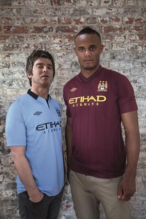 Uniforme   Camiseta   Equipaci  N Manchester City 2012 2013 Visitante