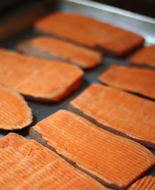 The dog in world make sweet potato dog chew treats - New potatoes recipes treat ...