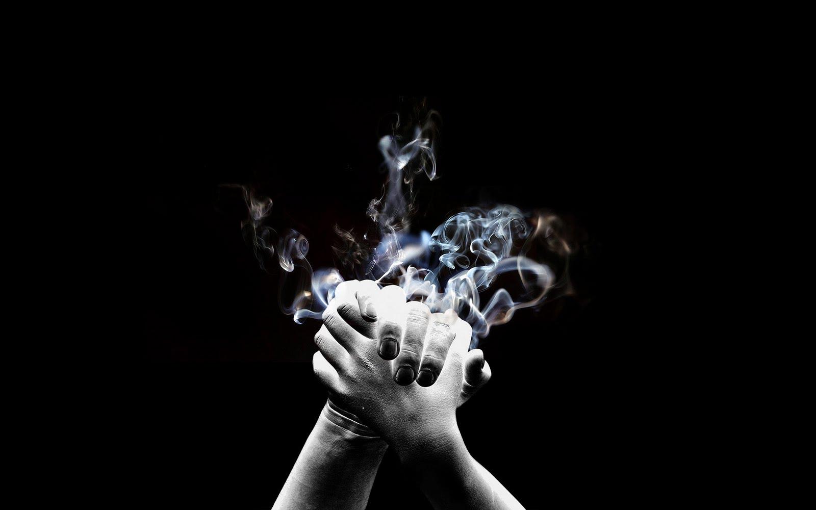 http://2.bp.blogspot.com/-Whsg08Uzus4/TkTMrgRm5lI/AAAAAAAAASQ/i4YPNZRJ4tI/s1600/Smoke-hand.jpg