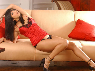Sunny Leone Canadian Model Wallpapers 01