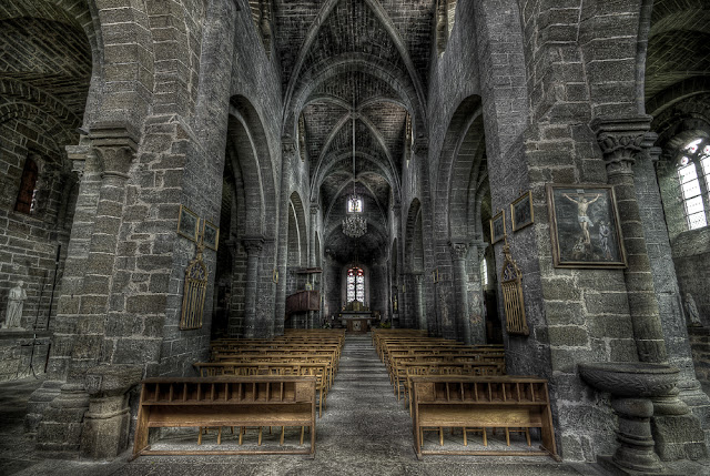 photo monuments auvergne, eglise haute loire, vallé du haut allier, photo fabien monteil