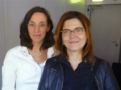 Agnès Jaoui (rechts), Dolmetscherin Caroline Elias (links), Foto: Carola Schaffrath (Filmpresse Meuser)
