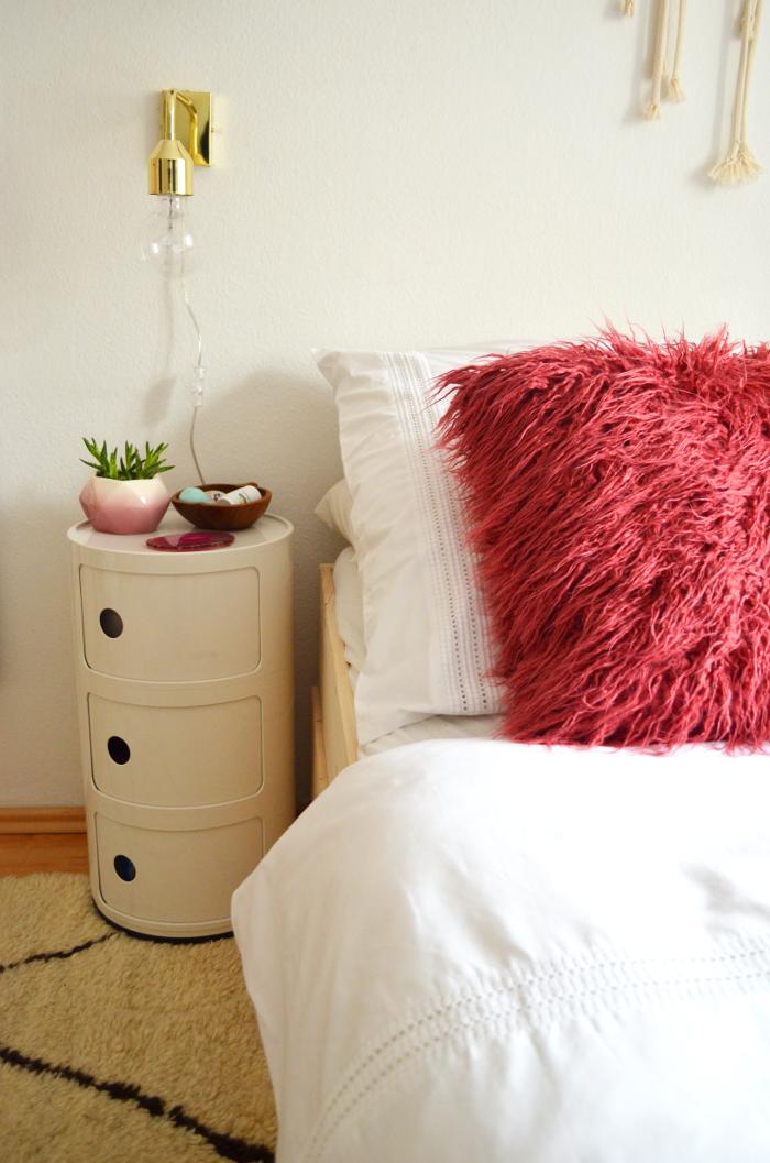 make it boho diy minimalistisches stauraumbett. Black Bedroom Furniture Sets. Home Design Ideas