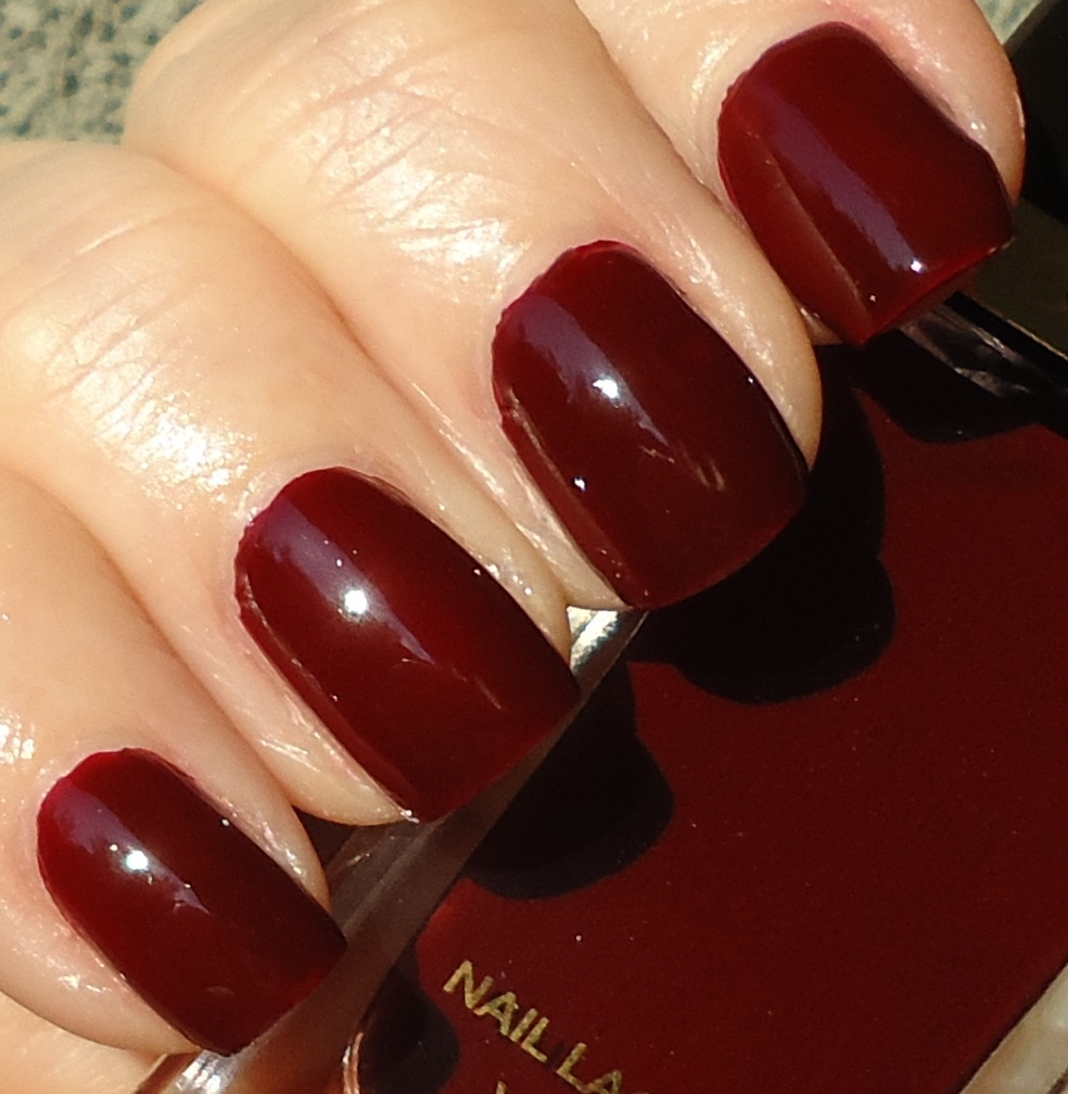 Making up 4 my age: Tom Ford Nail Lacquer: Bordeaux Lust
