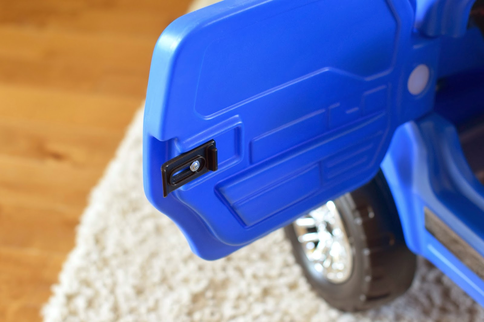 Mommy Testers, Step2 Ford F150 Raptor Review, Ford F150 Ride on toy, Big and Little Brother Gift