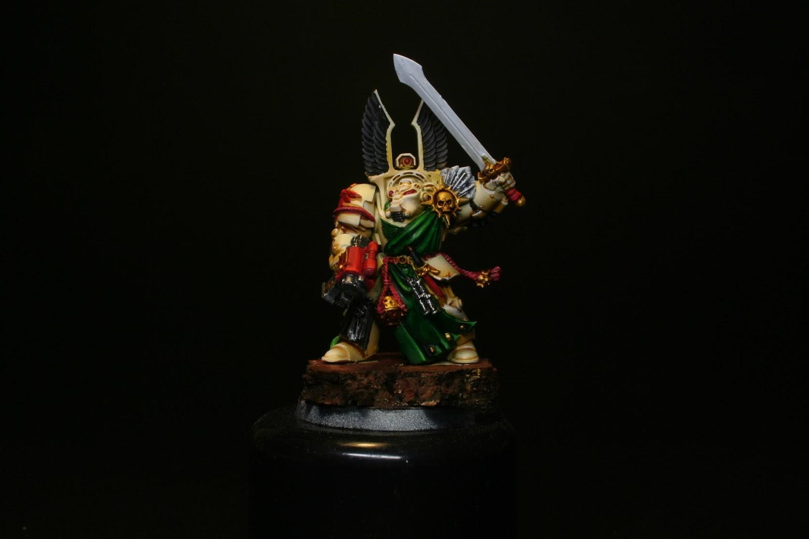 Brown Wash en las penas de los exterminador de los Ángeles Oscuros de la caja de Warhammer: Venganza Oscura