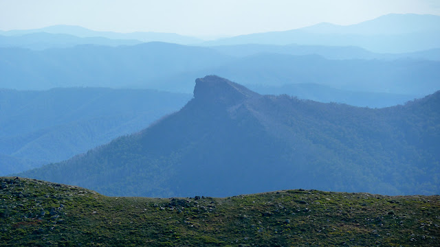 the viking from mount howitt summit