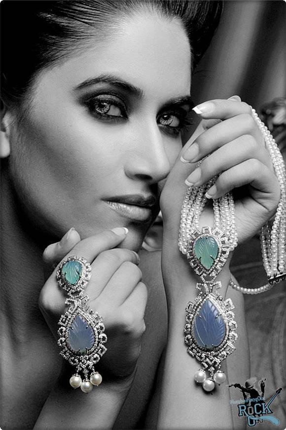 Modern Jewellery Designs: Superb jewellery Photoshoot ...
