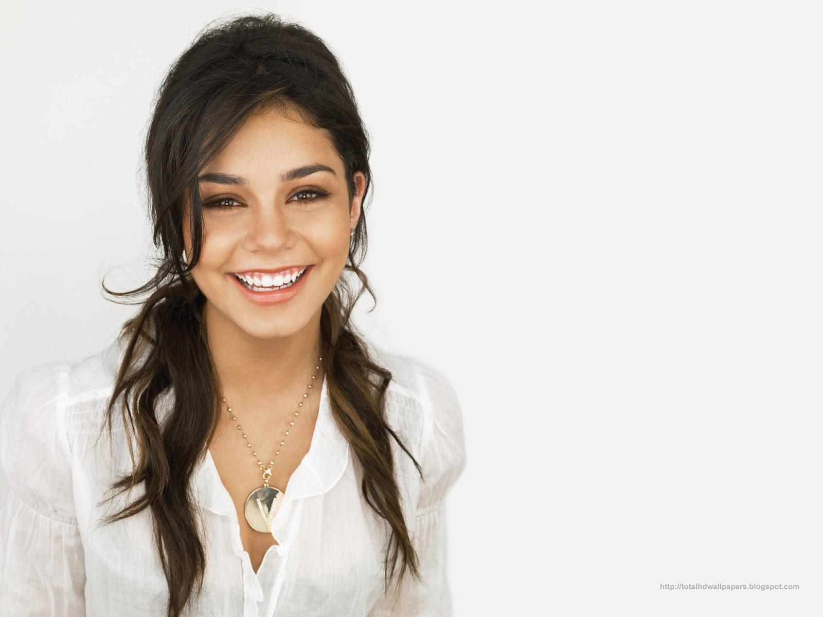 Vanessa Hudgens Smiling Picture