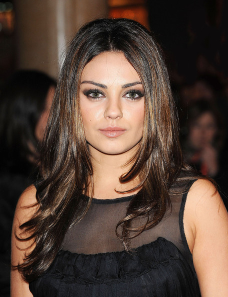 picture gallery mila kunis hairstyles hair gallery. Black Bedroom Furniture Sets. Home Design Ideas