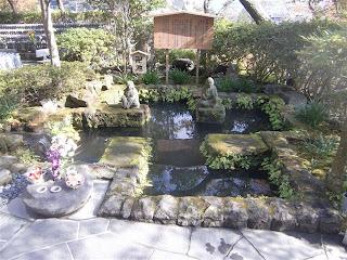 長谷寺卍池