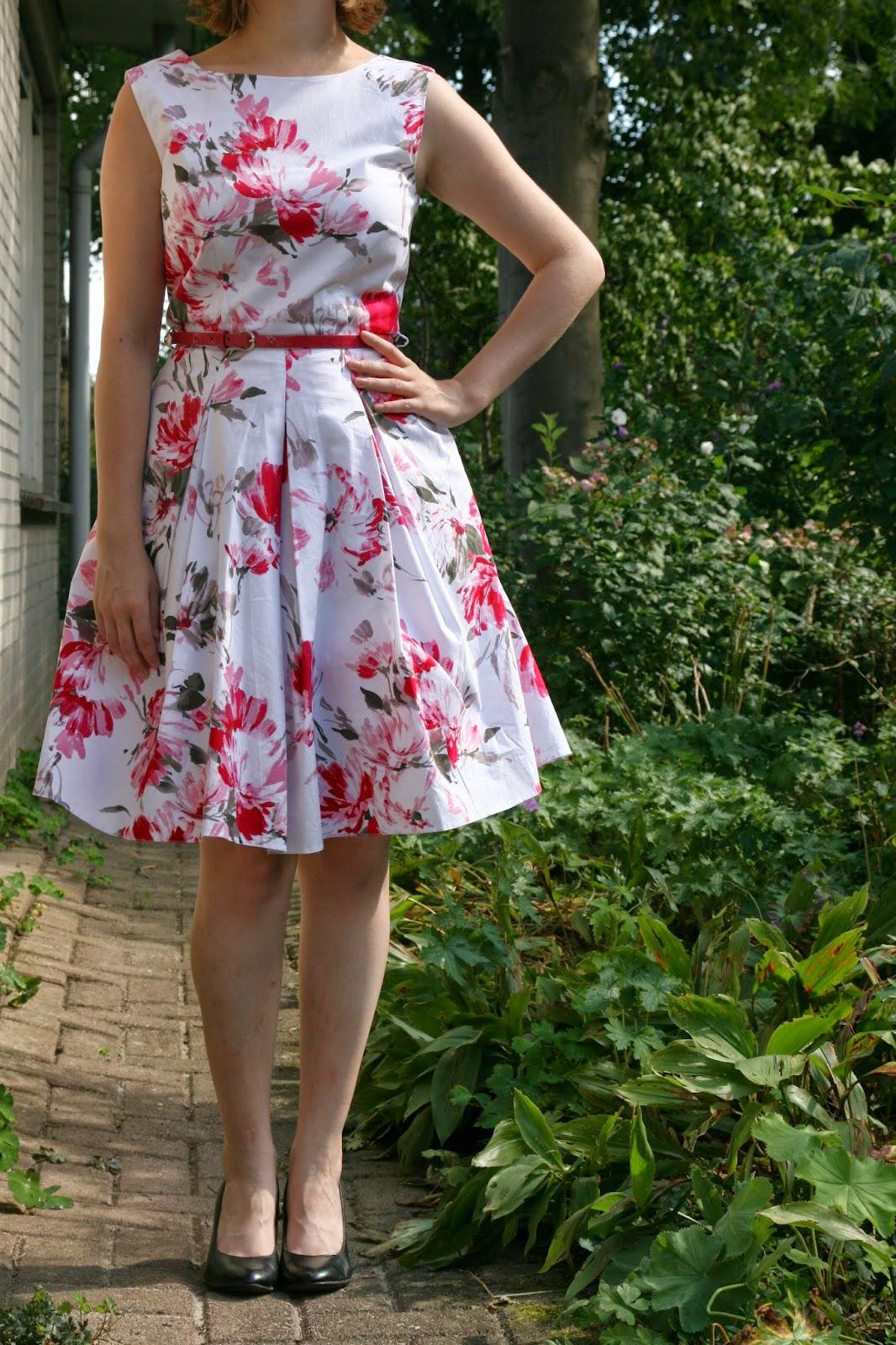 http://hmlovur.blogspot.nl/2014/08/outfits-of-week-week-32.html