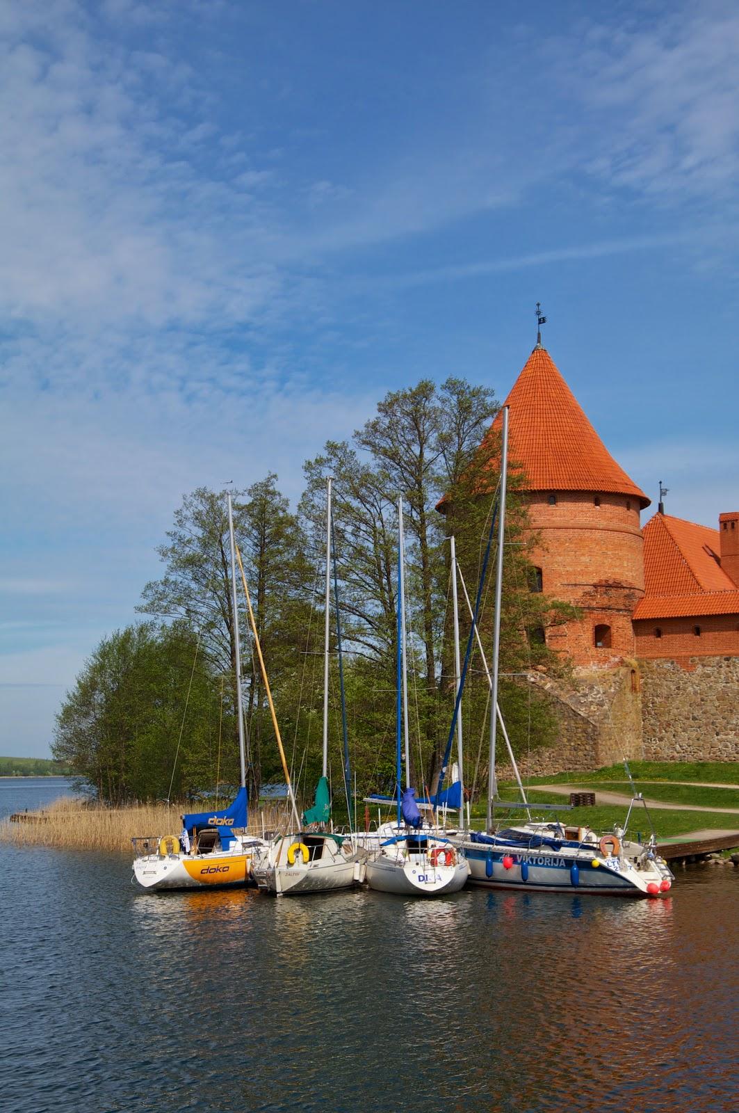 Средневековые замки Прибалтики