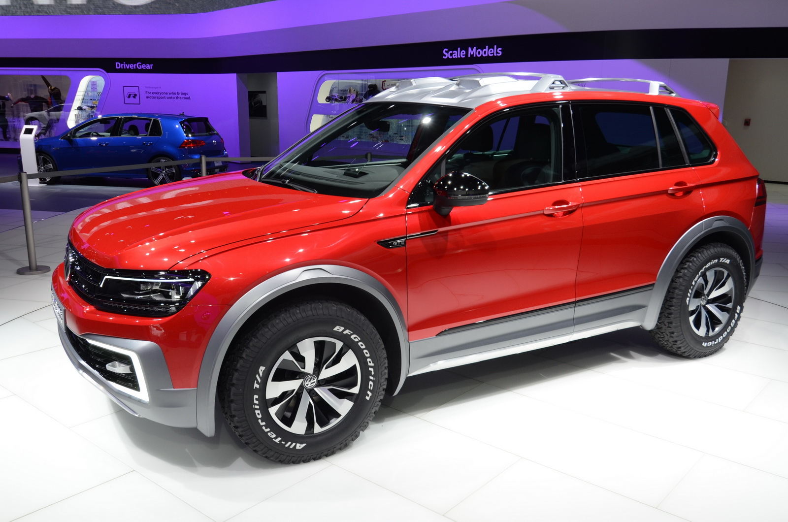 vw tiguan gte active is the most hairy chested member of the family carscoops. Black Bedroom Furniture Sets. Home Design Ideas