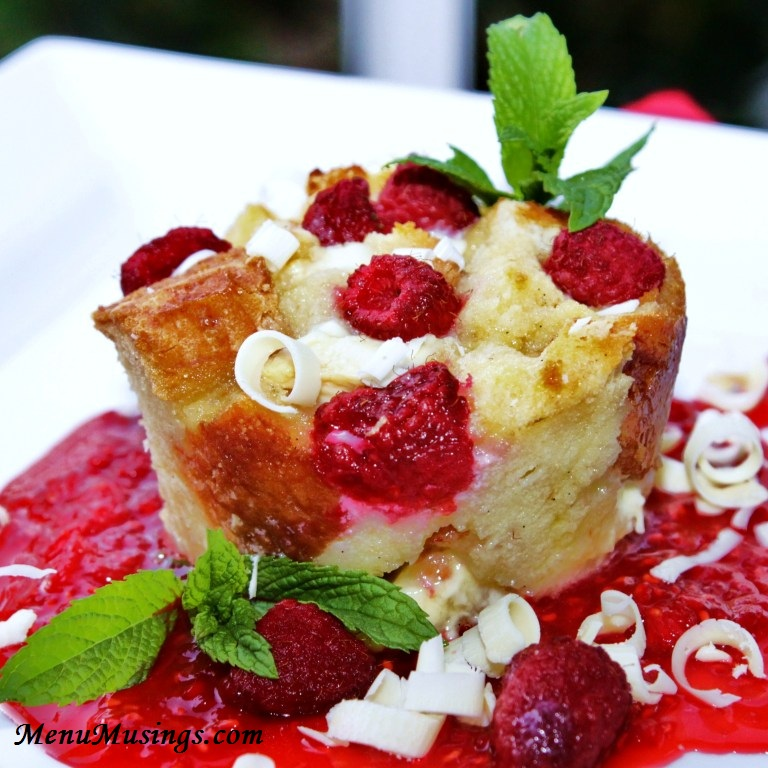 ... American Mom: Individual White Chocolate and Raspberry Bread Puddings