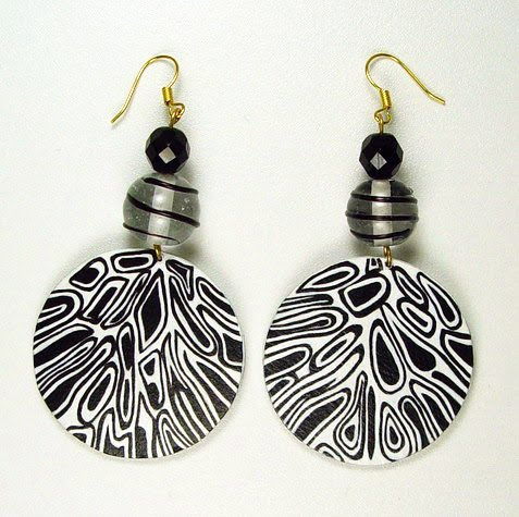 All things paper evangeline duplessis papier mache jewelry for How to make paper mache jewelry