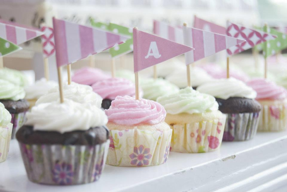 DIY Cupcake Flags