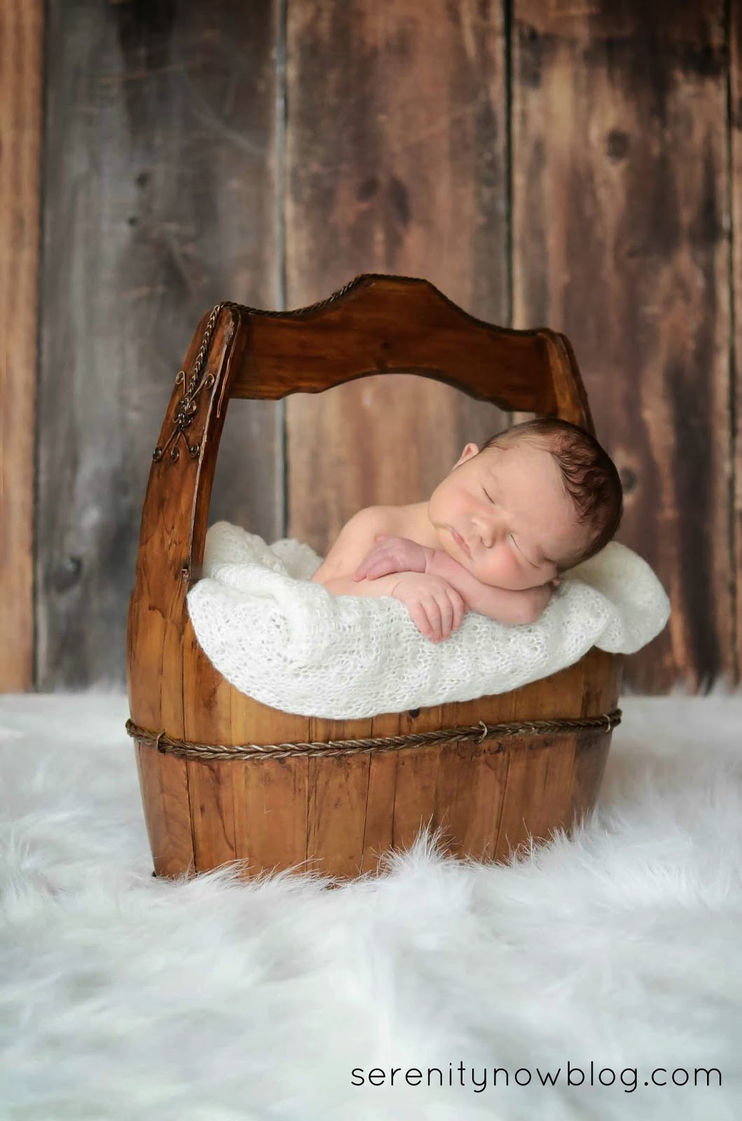 How to Plan for Your Newborn or Family Photo Session, from Serenity Now