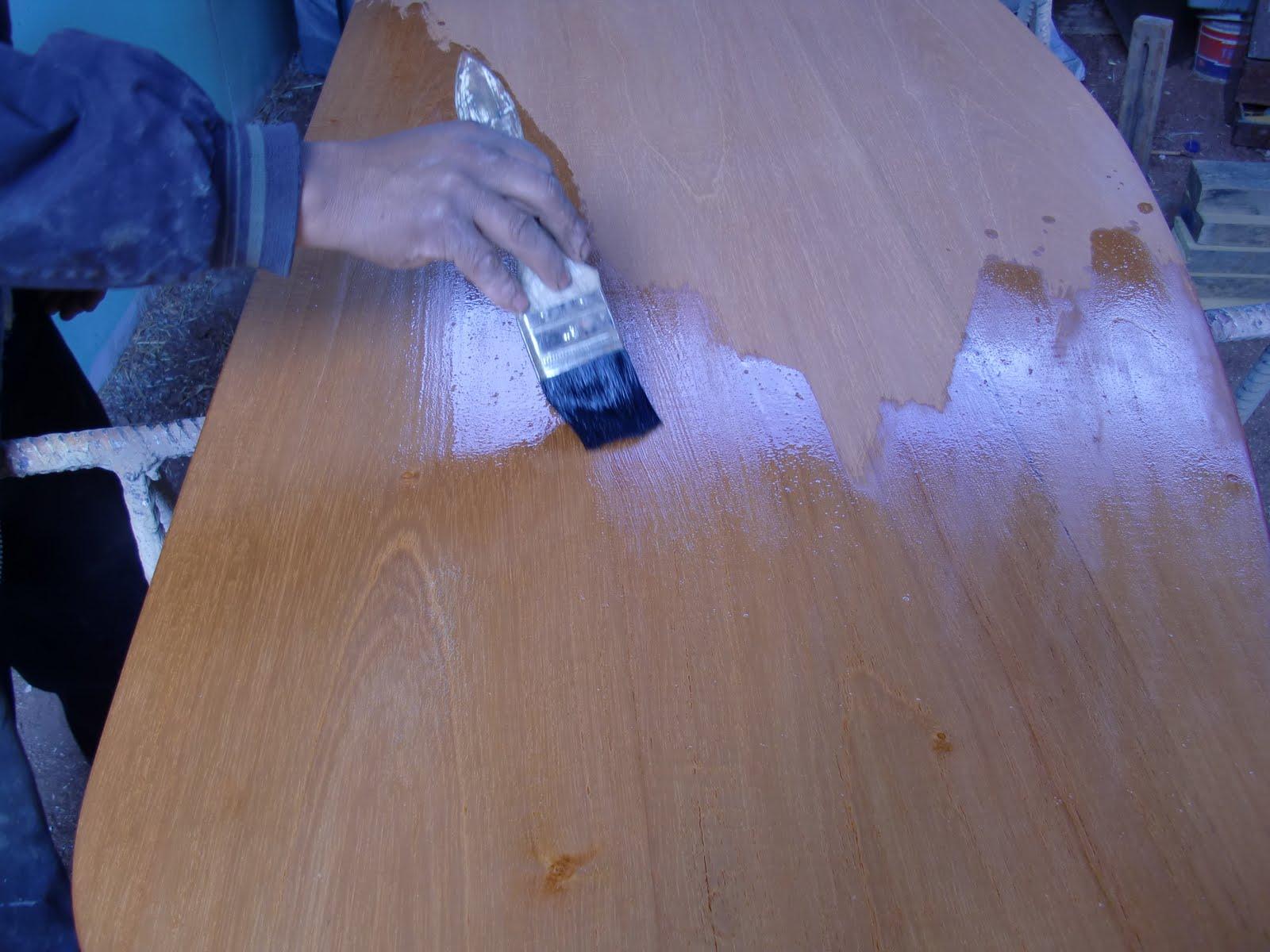 Decoraciones manualidades en madera como barnizar la - Como lijar madera ...