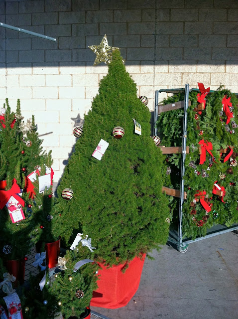 Christmas-at-The-Home-Depot