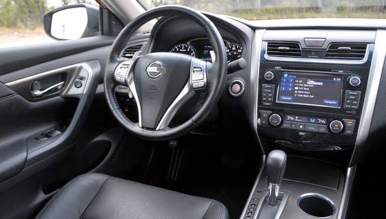 2015 nissan pulsar release date new car release dates for Nissan pulsar interior
