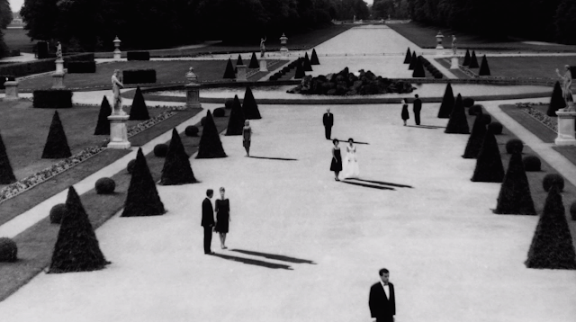 last year at marienbad, garden, robbe-grillet, shadows, resnais,