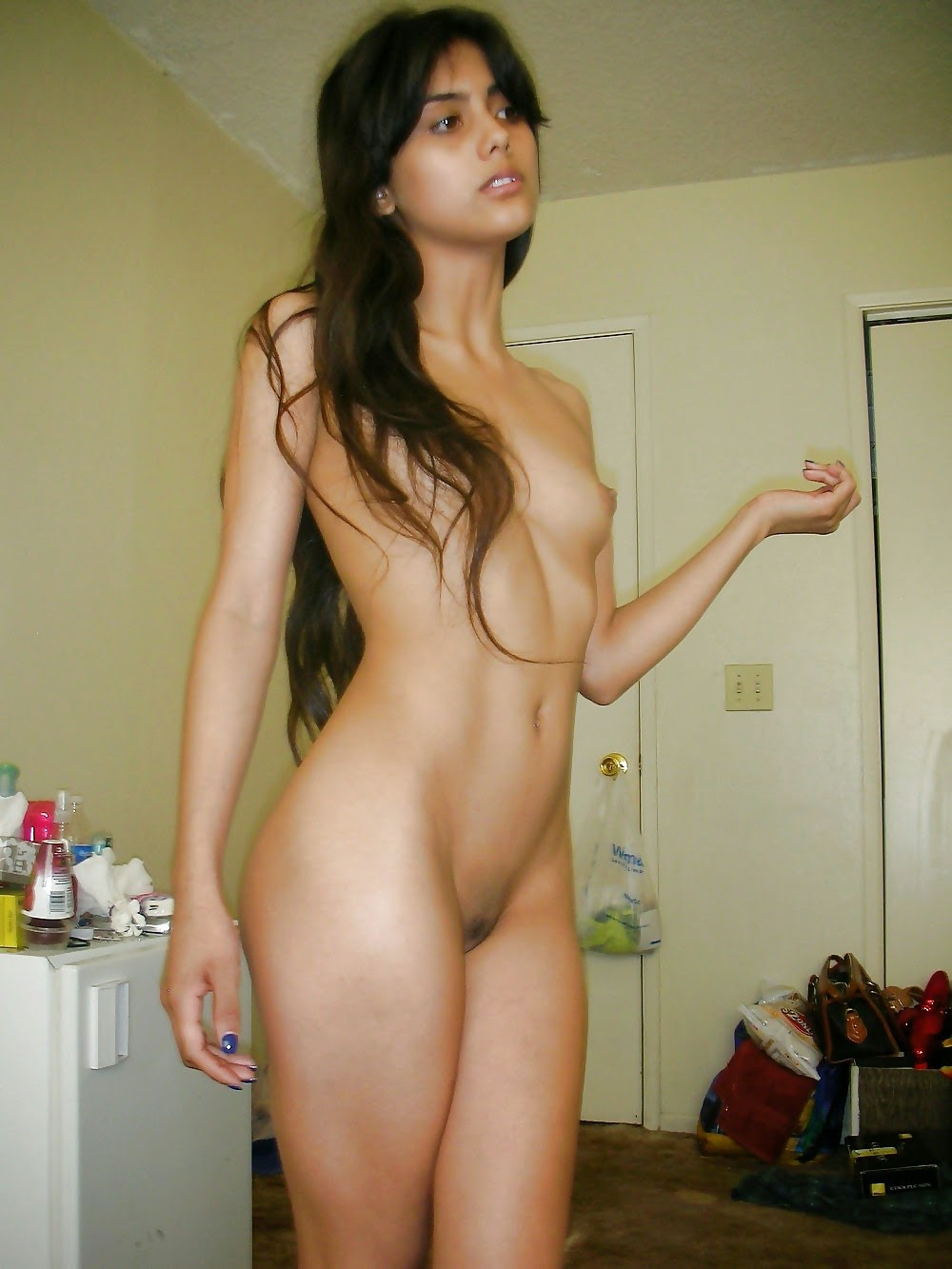 women nude latina big