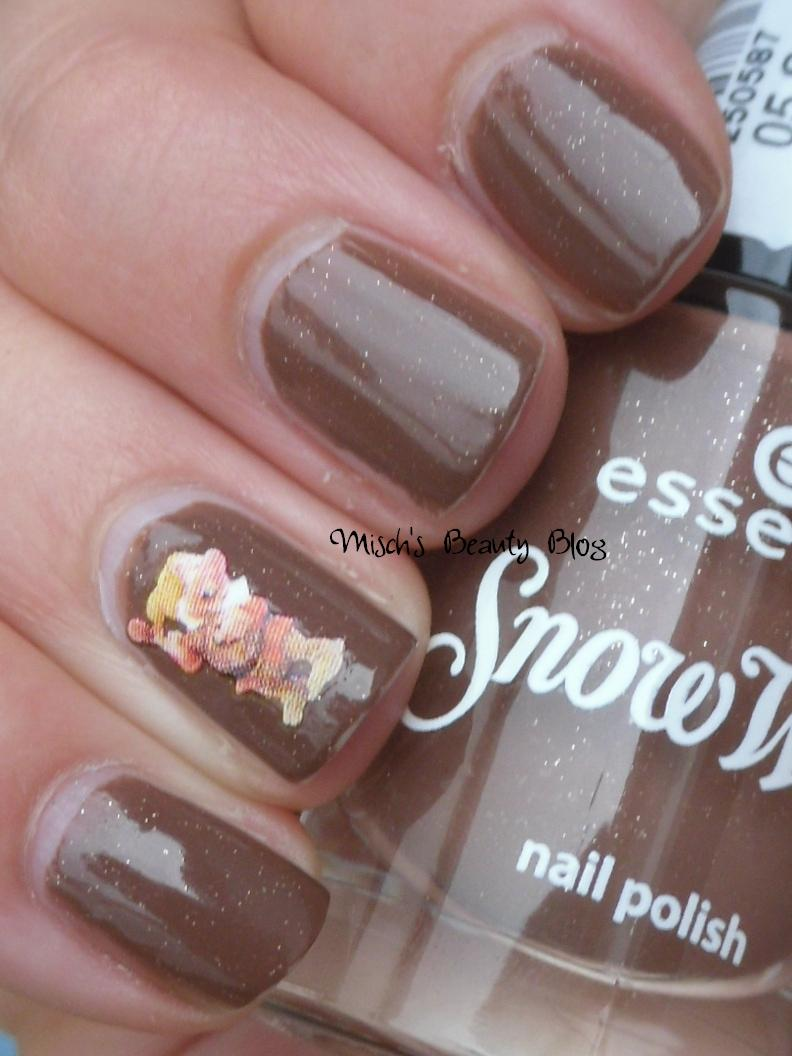 Essence Snow White Nail Polish - Absolute cycle