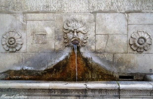 Sulmona, Fontana del Vecchio