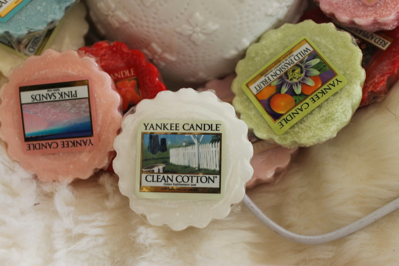 Yankee Candle Electric Melt Warmer and Tartlets