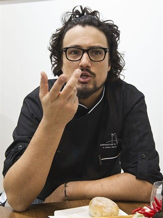 Tutticuochi alessandro borghese cuoco e sex symbol al for Alessandro borghese milano
