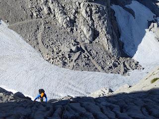 Escaladas en el macizo occidental de picos de europa , Fernando Calvo Guia de alta montaña UIAGM