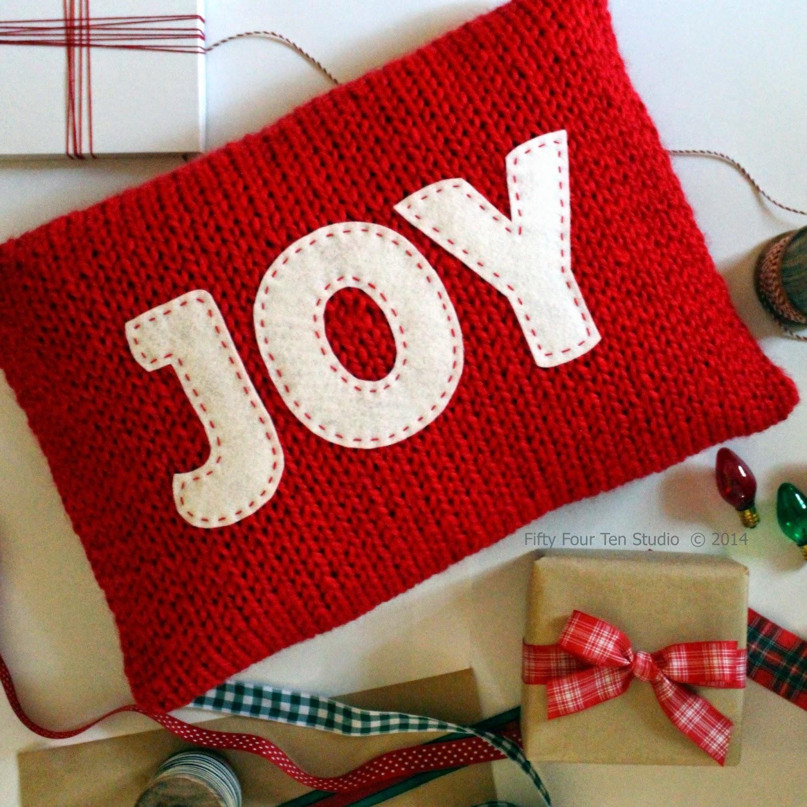 Joy \u0026 Believe Pillows Knitting Pattern - with Felt Applique & Fifty Four Ten Studio: Joy \u0026 Believe Pillows - New Knitting ... pillowsntoast.com