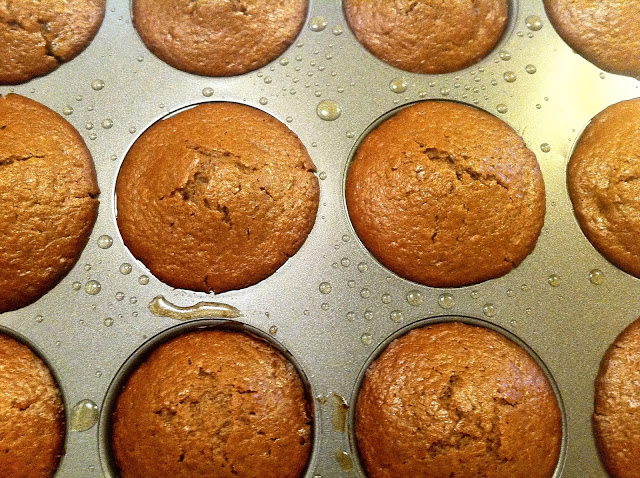 Maked Molasses Cupcakes