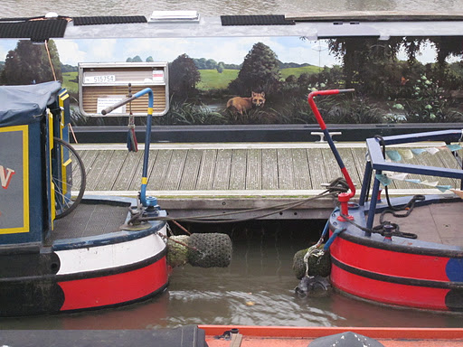Canal boats at Bristol harbour alt attribute example