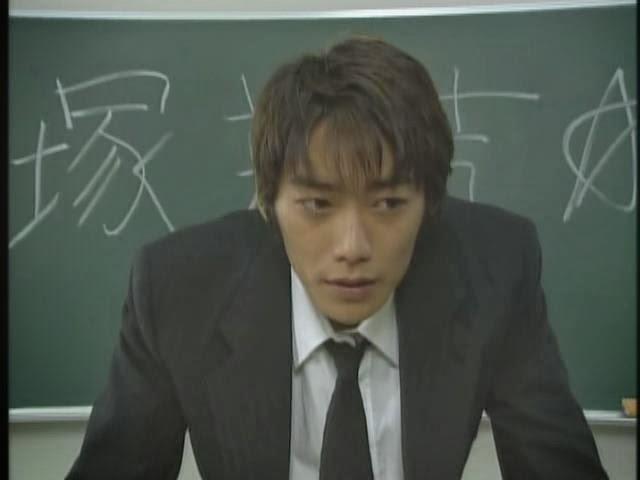 Смотреть бесплатно дораму крутой учитель онидзука 2012