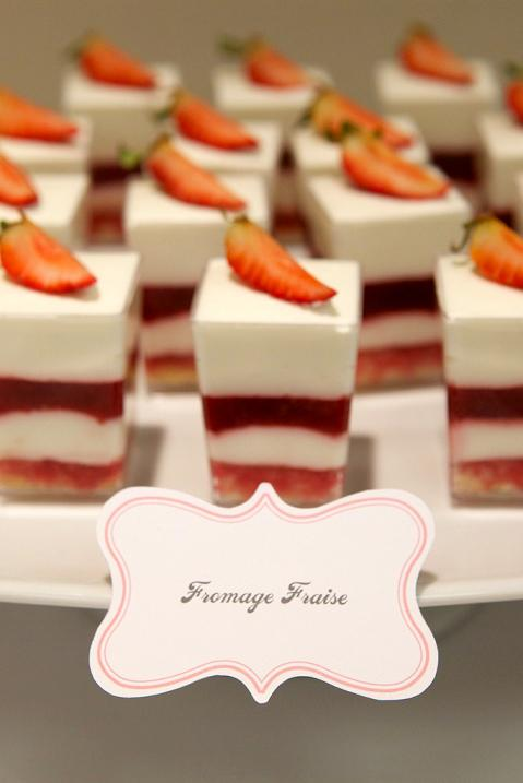 Gourmet baking a dessert table for bridal trunk show and - Tables roulantes dessertes ...