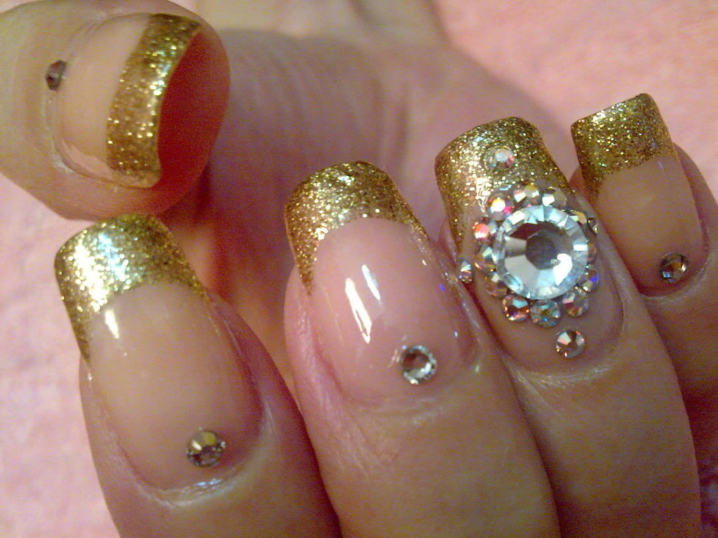 Teenage Glam: Wedding Nail Art