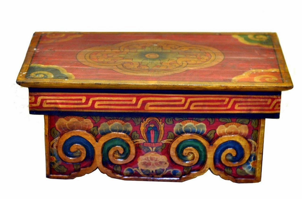 Buddhist altar table for meditation