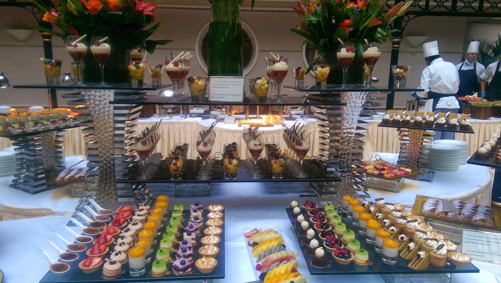 food review champagne buffet brunch at the landmark hotel pink
